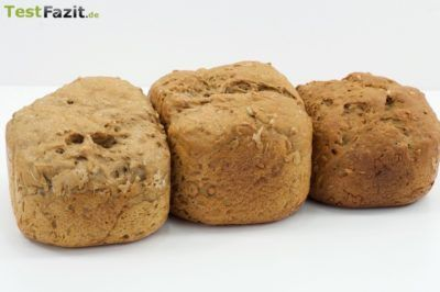fertige Brotlaibe